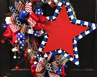 Funky Star Wreath-White Grapevine