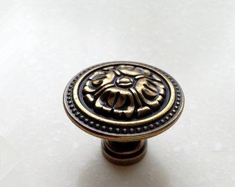 Vintage Antique Bronze Knobs Drawer Knob Dresser Knobs / Kitchen Cabinet Knobs Pull Handle Decorative Furniture Hardware