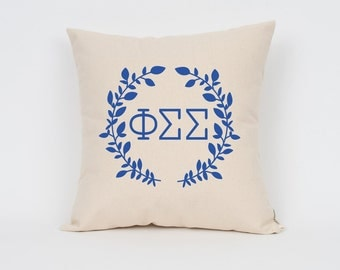Phi Sigma Sigma Wreath Pillow // Choose Your Ink Color // Greek Letter Pillows // Sorority Pillow // Big Little Gift // Sorority Letters