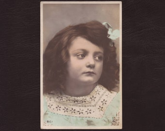 Grumpy little girl, French postcard - Hand tinted, edwardian, children, portrait, antique postcard,vintage greeting card - ca 1905 (C7-27)