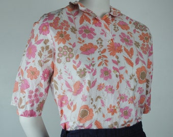 Vintage 60s Floral Button Down Shirt - 1950s 1960s Women's Spring / Summer Top