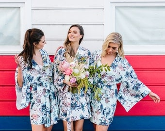 Kimono Robe // Bridesmaid Robes // Bridal Robe // Bride Robe // Bridal Party Robes // Bridesmaid Gift // Robe // Floral Robes