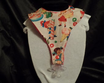 Pacifier bib for ages 6 months to about 2 ears, binkie bib, baby gift, drool bib