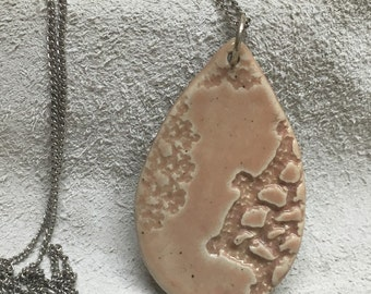 Handmade ceramic pendent with vintage lace in dusty rose