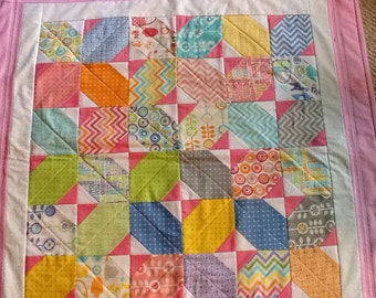 """Baby Girl X's and O's Quilt - 35""""x35"""""""