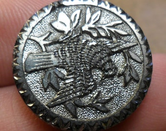 """WOW 15/16"""" Silver Luster Dove in Tree Antique Button 69:2"""