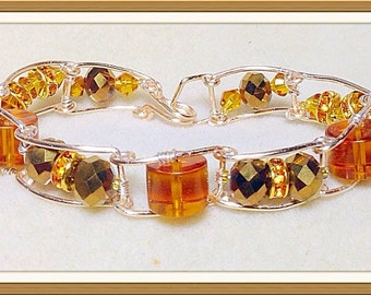 Amber wire linked beaded bracelet