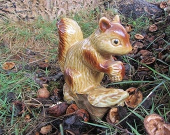 Vintage Squirrel Figurine Made in Brazil Pottery Golden Brown Holding Nut Fall Table Decoration