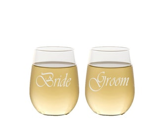 Bride and Groom Stemless Wine Glasses / Custom Engraved / Personalized Wine Glass / Set of 2  / Anniversary / Wedding Gift / Couples