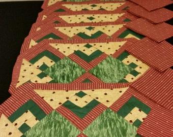 Quilted Red & Green Placemat Set of 6 with 6 Napkins