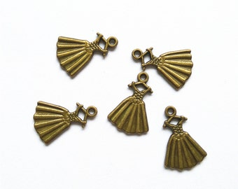 20pcs 13x20mm Clothing Charms Skirt Pendant Jewelry Accessories A