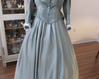 CivilWar Woman Dress. 1860-1865 Woman Clothing