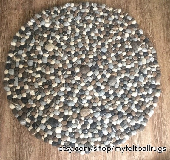 20 offfelt pebble rug stone felt ball rug pom by myfeltballrugs. Black Bedroom Furniture Sets. Home Design Ideas