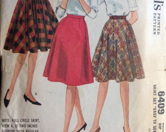 McCalls 6409 - 1960s Collection of Knee Length Skirts - Size Waist 24 Hip 33
