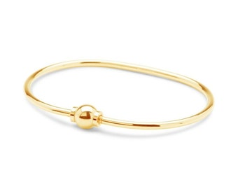 Solid 14k yellow gold Cape Cod Bracelet... Size 7 . Made on Cape Cod