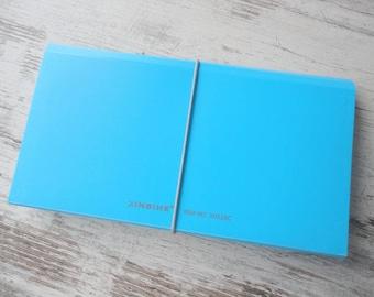 Accordion folder blue