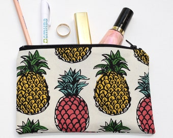 Pineapples zippered pouch