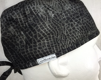 "Worn Croc Mens Fitted surgical cap surgeons Hat Minimalist scrub hats OR surgery hat Black Skull Caps PA  CRNA LoveNstitchies 23"" Large"