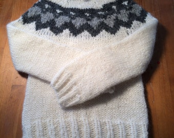 Pullover,handmade,handknit sweater,Iceland sweater,sweater size 2XS,casual wearOutwear,winterwear,Iceland wool,Christmas gift,Birthday gift