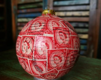 Red Christmas Bauble,Bauble,Ceramic Bauble,Stamp Bauble