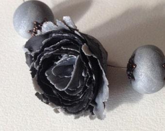 Floral Steel - Statement Necklace