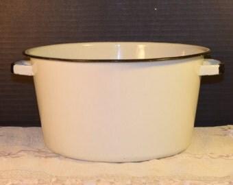 White Enamel Stock Pot Vintage Camping Pot with Handles Black Trim Stockpot Soup Pot Enamelware Cooking Pot Farmhouse Rustic Kitchen