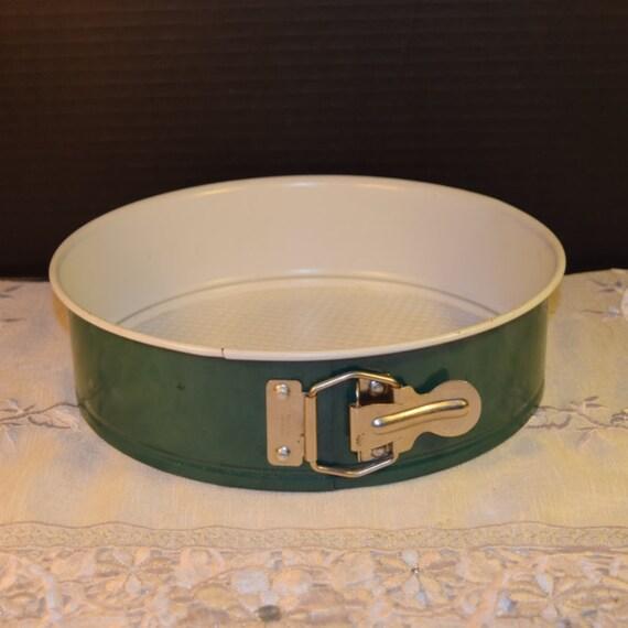 Nordic Ware Spring Cake Pan Vintage Green Spring Form Pan Round ...