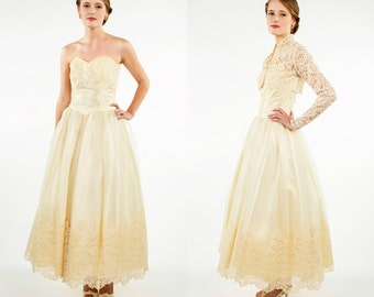 1950s Tea Length Wedding Dress --- Vintage Lace Wedding Dress