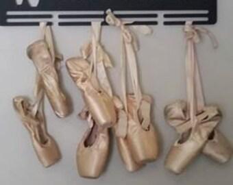 EN POINTE Ballet shoe hanger