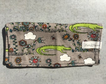 Organic Mini Burp Cloth, Alligators