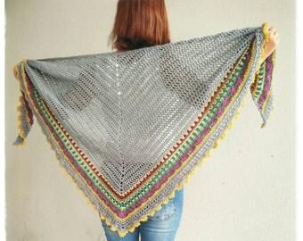 Impressive Sunday shawl. Cotton and merino wool. Grey with multicolor border.