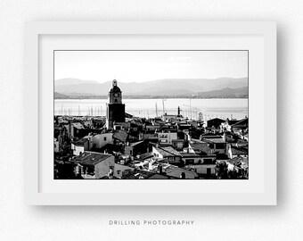 SAINT TROPEZ BILD auf Leinwand bis 180x120cm mit Blick in die Provence im Hintergrund. Diese Fotografie in St. Tropez Saint Tropez. Fine Art