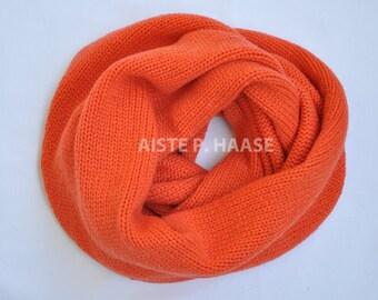 Cashmere Infinity Scarf,Cashmere Snood, Orange cashmere scarf, Chunky Cashmere Scarf,Knitted Circle Scarf, Orange Scarf,Orangre Loop scarf
