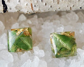 nature green earrings Real flower resin earrings Dried flower earrings green Pressed flower jewelry Resin Jewelry 925 sterling silver