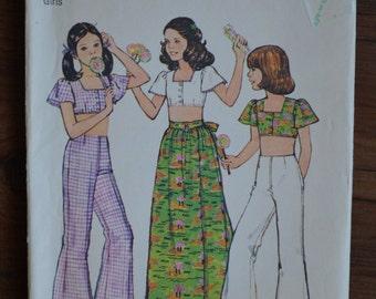 1970s Vintage Simplicity Girls Patter 6425