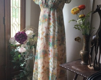 Beautiful Butterfly Empire-Waisted Chiffon Maxi Dress Vintage 1960/70s (US size 4)