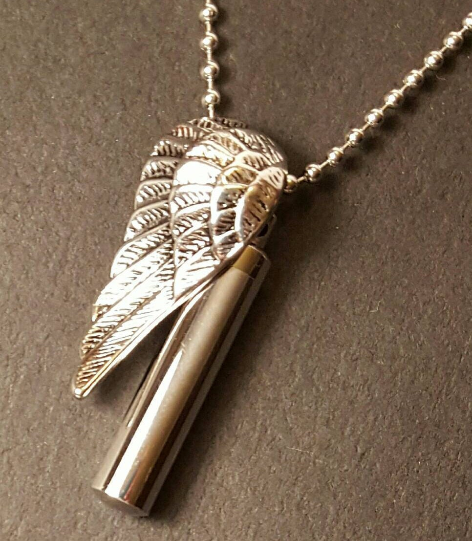 Stainless steel wing pendant wing urn cremation jewelry for Stainless steel cremation jewelry