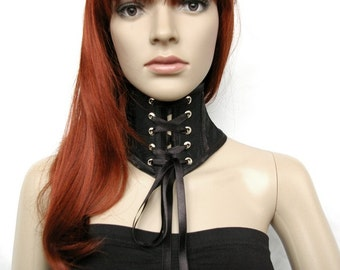Gothic neck corset from taffeta with lace front