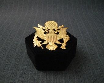 Military Cap Badge, American Eagle, E Pluribus Unum [Vintage]