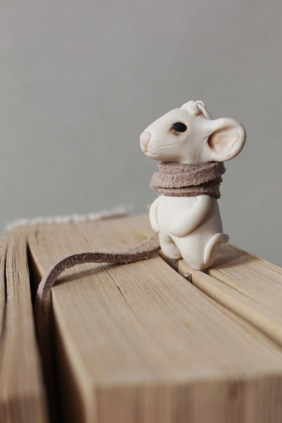 White mouse bookmark art handmade gifts for kids bookworm gift to children metal planner charms book lovers animal book mark