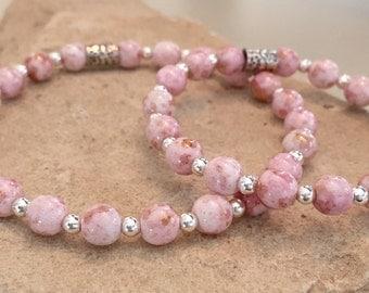 Pink mother-daughter bracelets, bracelet set for family, stretch bracelets, elastic bracelets, gift for child gift for mom gift for daughter