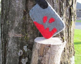 Hand Sewn Felt Cleaver Brooch//Hand Sewn Knife Felt Broch