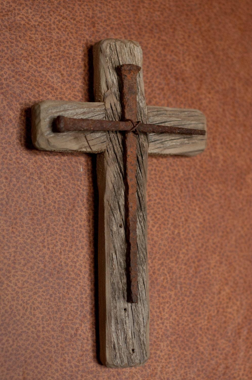 Rustic wooden cross for Rustic wood designs