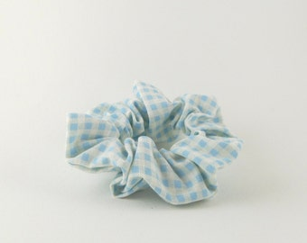 Small scrunchie - blue and white checkered