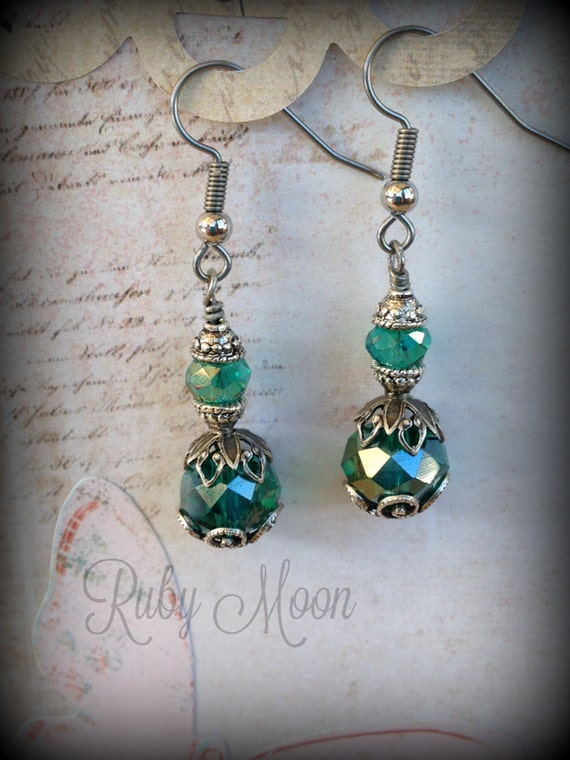 Enchantment Earrings. Peacock Green Swarovski Crystal. Vintage
