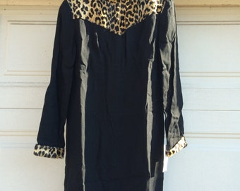 Vintage 60s Shift Dress with Leopard Print Detail