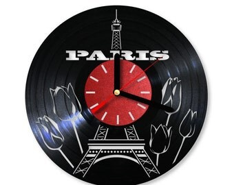 Vinyl Clock/ PARIS/ An interesting element of the decor/ For music and art lovers
