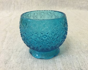 Vintage Pressed Glass Blue Daisy and Button Bowl, Blue Glass Rose Bowl