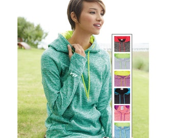 Fleece pullover with thumb hole