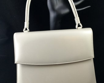 Light grey vintage handbag single strap